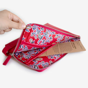 90422-tech-pouch-cheryl-red-2