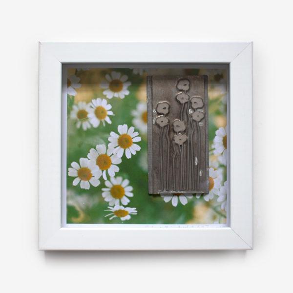 Artifact-flowers-8x8-box-white